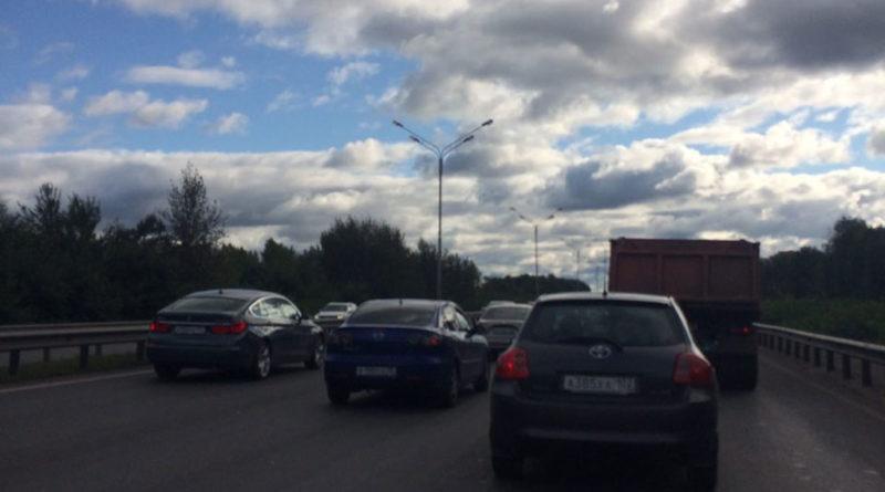 В Уфе из-за эвакуации ТЦ «Мега» образовалась крупная пробка